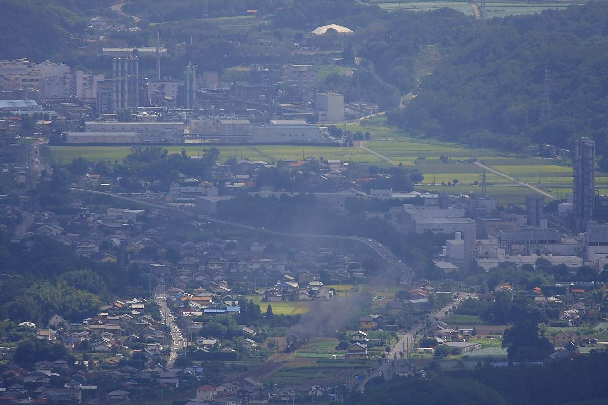 工場と汽車の風景 - 2012年晩夏・信越線 -  _b0190710_2312893.jpg