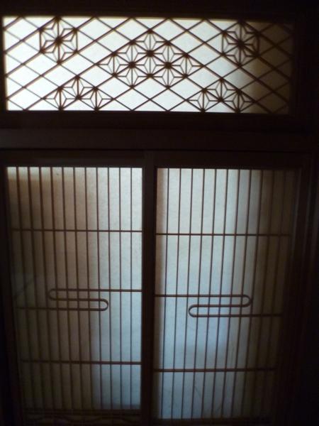 書院障子を風炉先屏風にしましょうか?_c0004024_10415220.jpg