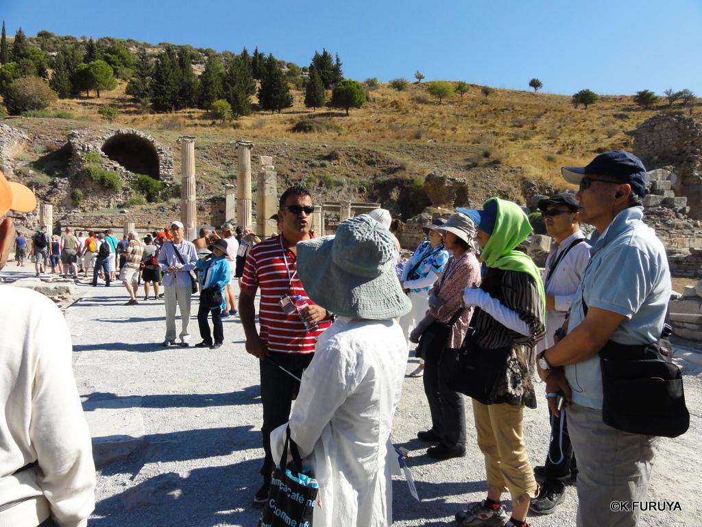 トルコ旅行記 4  古代遺跡 エフェス_a0092659_17441665.jpg