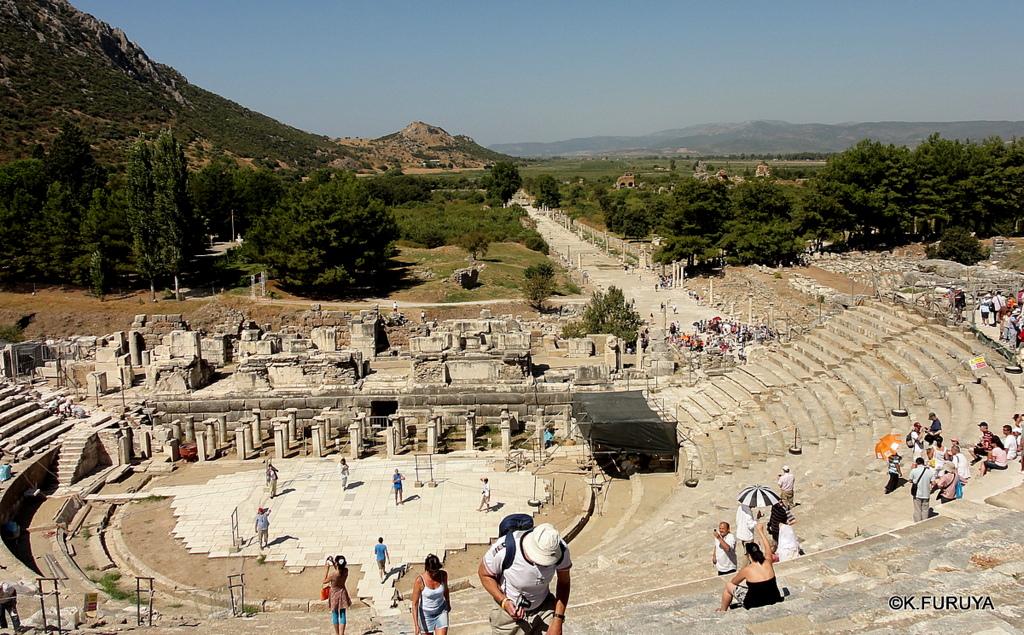トルコ旅行記 4  古代遺跡 エフェス_a0092659_17525164.jpg