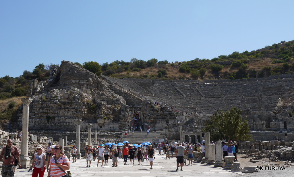 トルコ旅行記 4  古代遺跡 エフェス_a0092659_17551180.jpg
