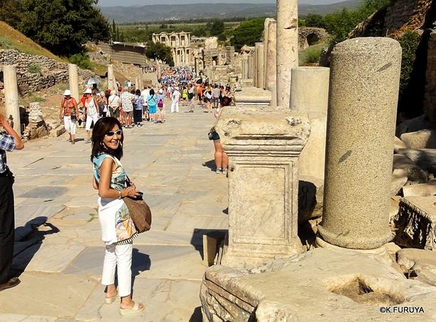 トルコ旅行記 4  古代遺跡 エフェス_a0092659_1830267.jpg
