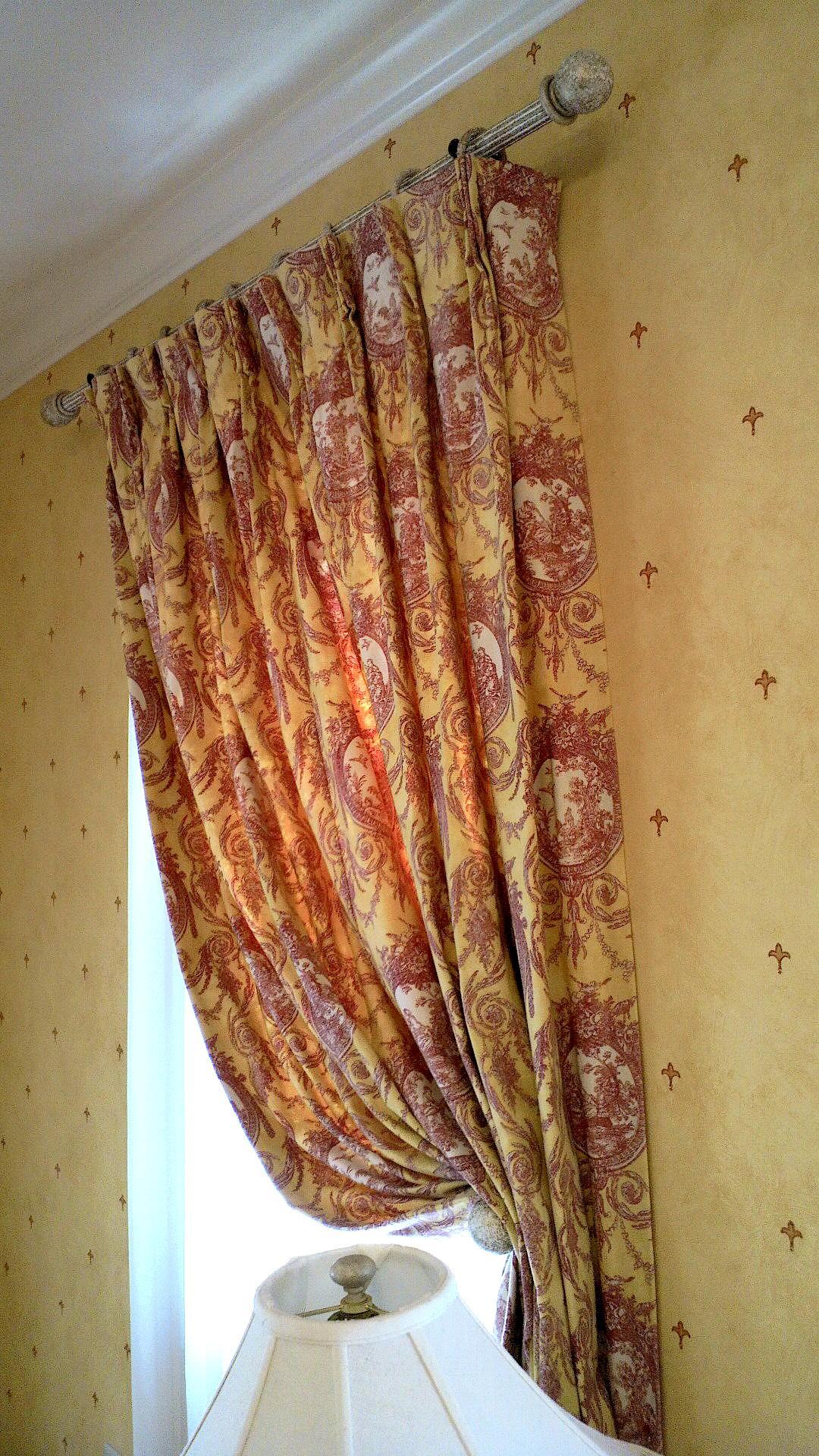 カーテンの丈お直し。_c0157866_19513523.jpg