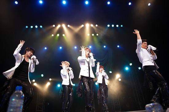 """チワワ系韓国アイドル""""SHU-I""""初の全国ツアーを完走!_e0197970_12503374.jpg"""