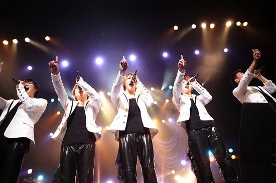 """チワワ系韓国アイドル""""SHU-I""""初の全国ツアーを完走!_e0197970_12505096.jpg"""