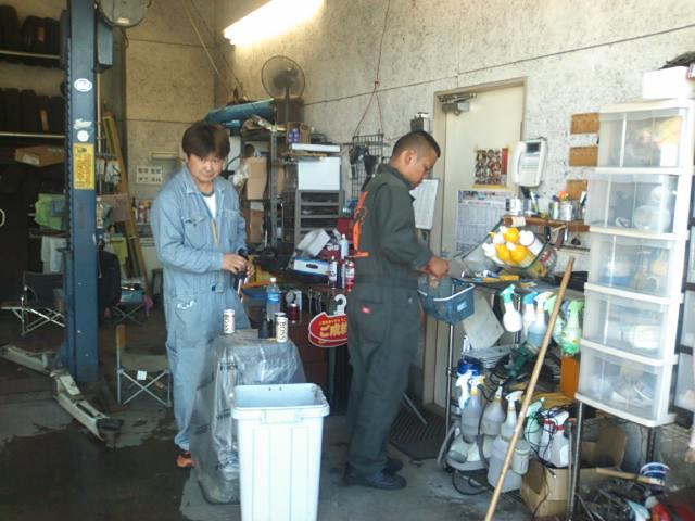 ランクルトミー札幌店(^o^)開店準備中!_b0127002_903016.jpg