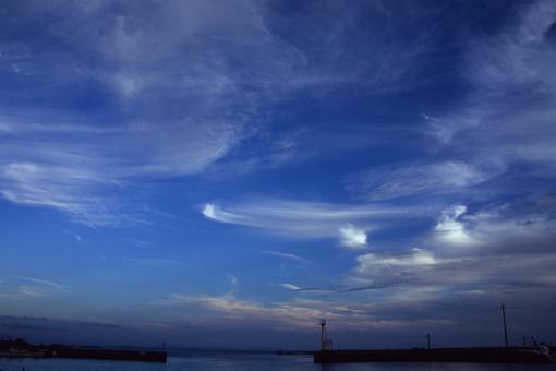 夕陽の海で終わる_b0259218_0153518.jpg