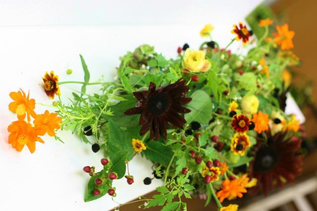 一会定期スクール9月 祭壇装花またはメインテーブル装花2_a0042928_1839790.jpg