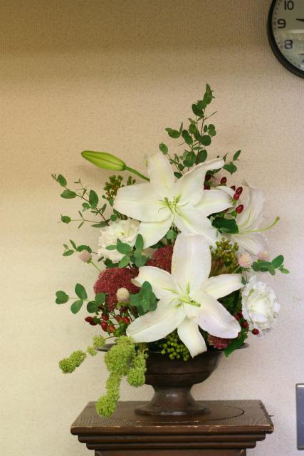一会定期スクール9月 祭壇装花またはメインテーブル装花3_a0042928_18525215.jpg