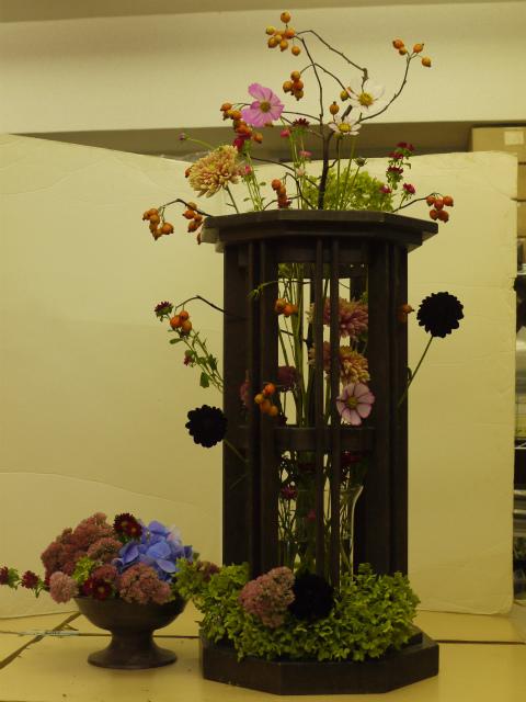 一会定期スクール9月 祭壇装花またはメインテーブル装花3_a0042928_18541367.jpg