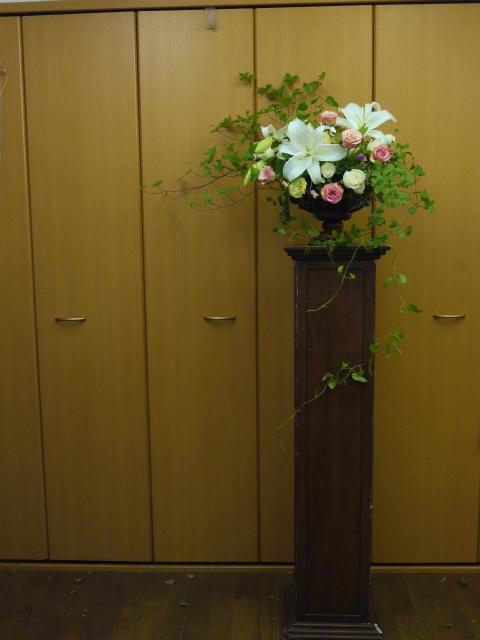 一会定期スクール9月 祭壇装花またはメインテーブル装花3_a0042928_18543648.jpg