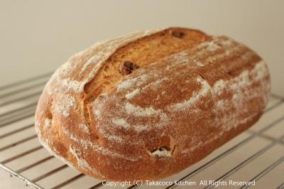 パン教室で「いちじくと胡桃の田舎パン」!_a0165538_8474138.jpg