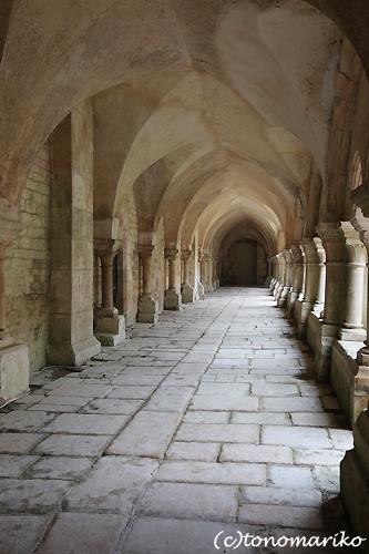 世界遺産「フォントネー修道院」_c0024345_22525417.jpg