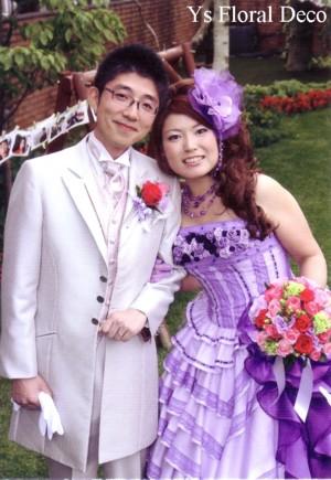 紫色のドレスに カラフルなクラッチブーケ_b0113510_13331182.jpg