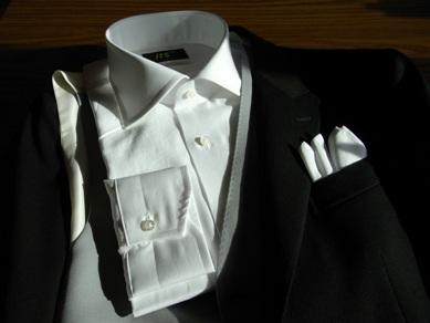 「ディレクターズスーツ」~【TUWAMONO】‐5で完全装備~主賓としてお呼ばれ 編_c0177259_2252189.jpg
