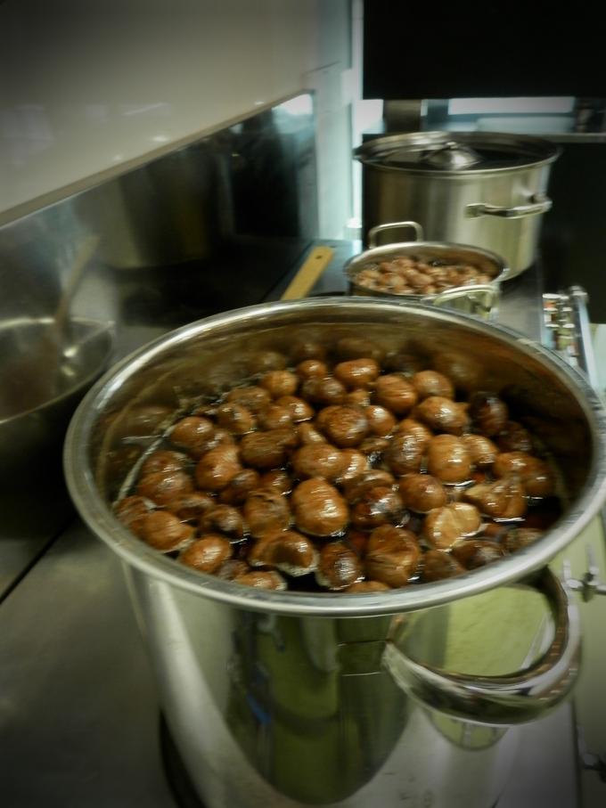 2012年「栗の渋皮煮」作り、3日目☆_a0125419_1294527.jpg
