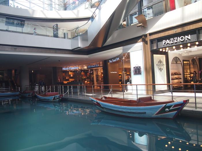2012 6月 シンガポール 22  Marina Bay Sands の中を散歩_f0062122_9294479.jpg