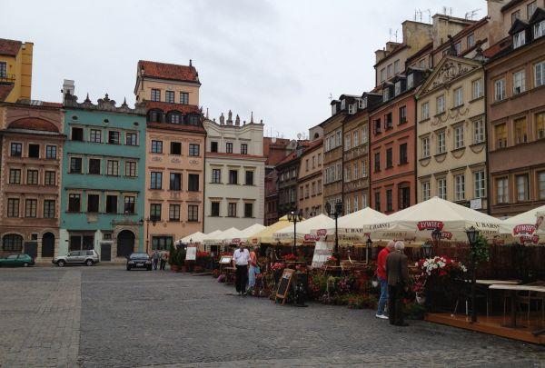 ワルシャワの復興_a0163788_2150465.jpg