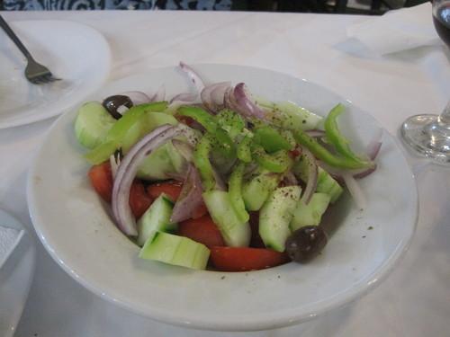 ギリシャのお料理は案外とてもおいしかったです。_e0131324_23332174.jpg