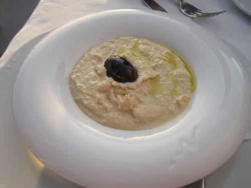 ギリシャのお料理は案外とてもおいしかったです。_e0131324_23433324.jpg