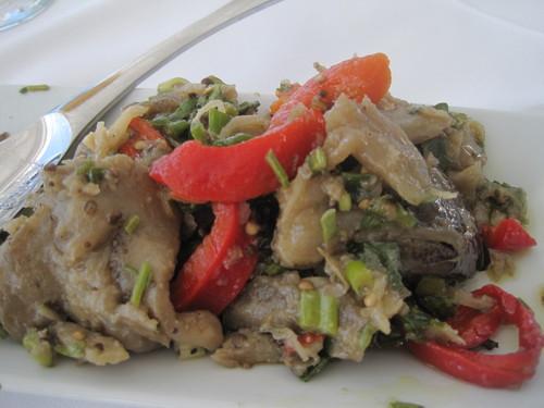 ギリシャのお料理は案外とてもおいしかったです。_e0131324_23531667.jpg