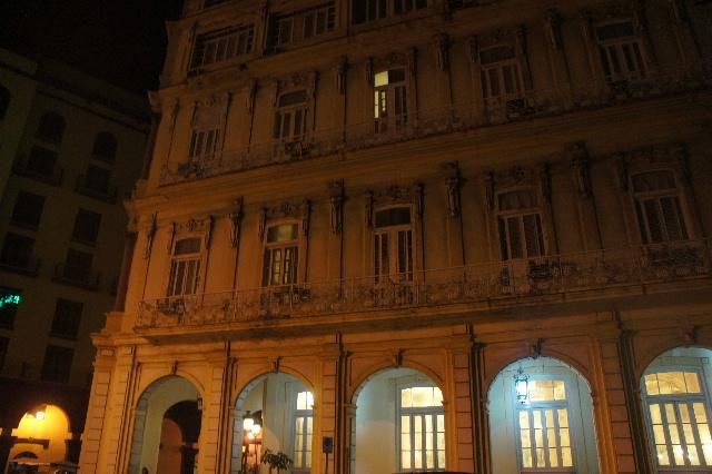 キューバ (76) ハバナ最後の夜は『Floridita』でダイキリを・・・_c0011649_0202818.jpg