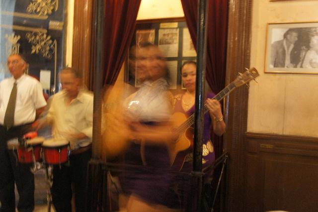 キューバ (76) ハバナ最後の夜は『Floridita』でダイキリを・・・_c0011649_0304297.jpg