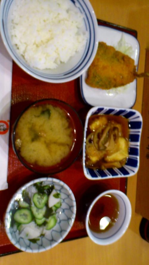 夕食は、_b0106766_23523912.jpg