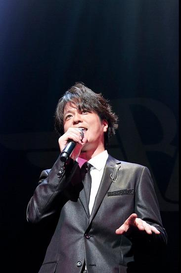 """17年ぶりT-BOLANらによる""""BEING LEGEND""""Live Tour 2012がついに開幕_e0197970_0225676.jpg"""
