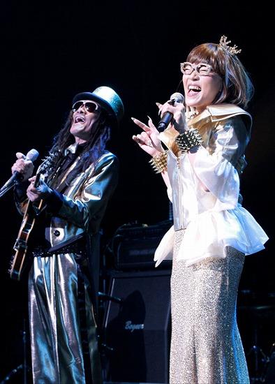 """17年ぶりT-BOLANらによる""""BEING LEGEND""""Live Tour 2012がついに開幕_e0197970_0232125.jpg"""