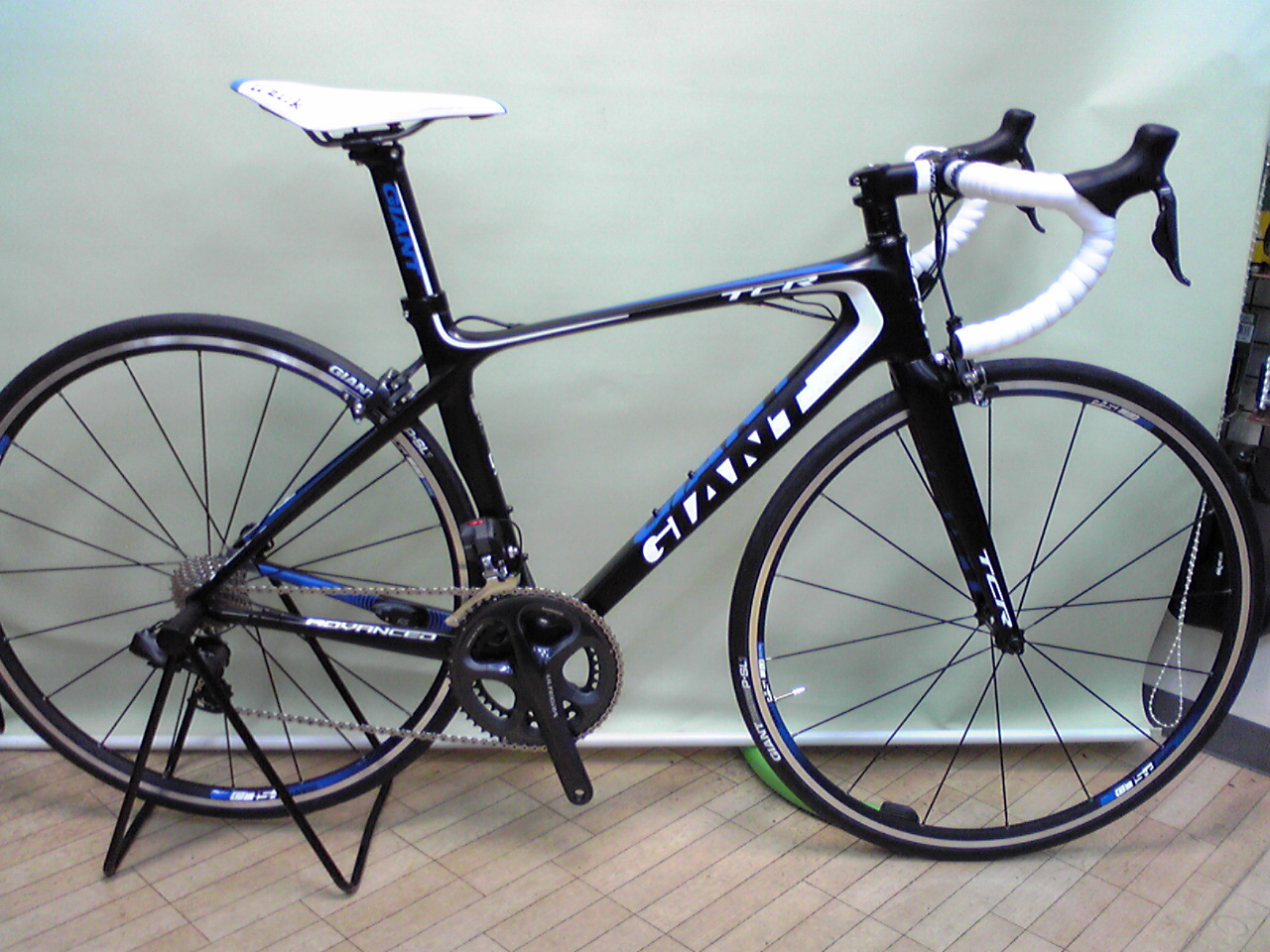 "GIANT  ""TCR ADVANCED 0\""_b0173884_165005.jpg"