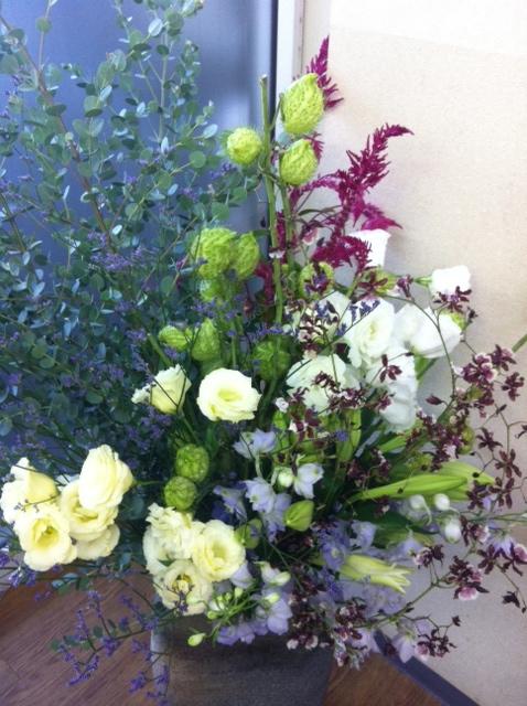 今週のお花とセール情報_a0200423_19563336.jpg