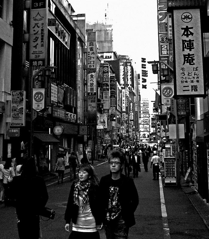 新宿~歌舞伎町&ゴールデン街&二丁目_a0241725_1333450.jpg