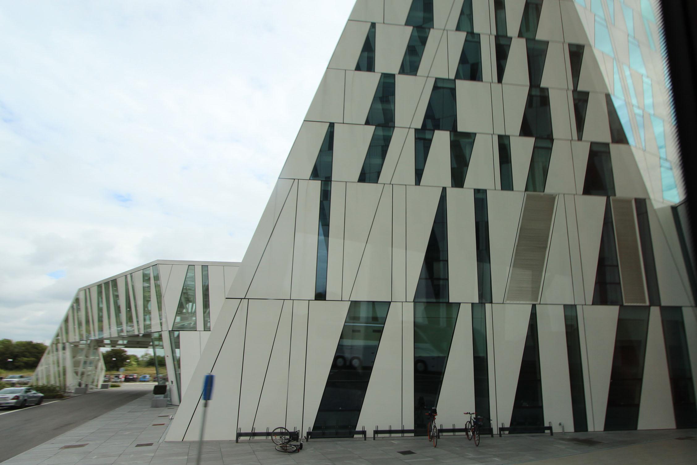 12北欧研修:オレスタッド・シティー5_e0054299_1722694.jpg