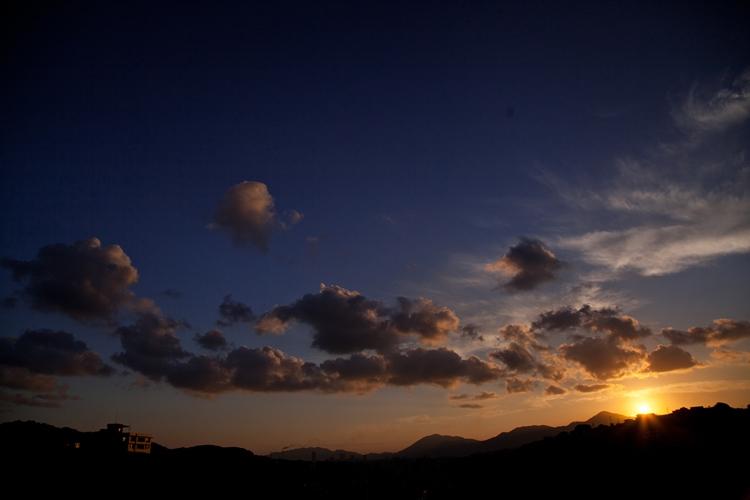 夜明けのソラは秋色…_c0165046_6573214.jpg