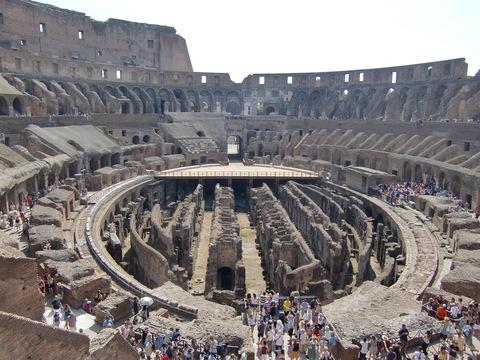 コロッセオ残酷物語♪_c0206352_23162855.jpg