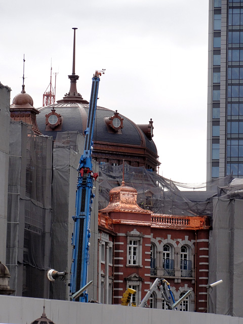 東京駅、工事中風景の変遷。5年か、、、_b0006870_23591131.jpg