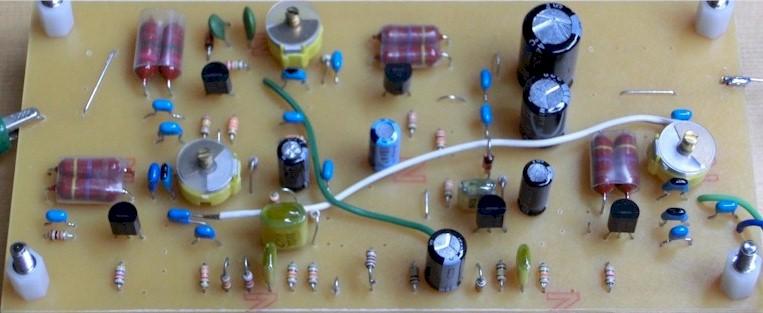 シンプルな回路のテルミン simple FET theremin  _a0154185_18443172.jpg