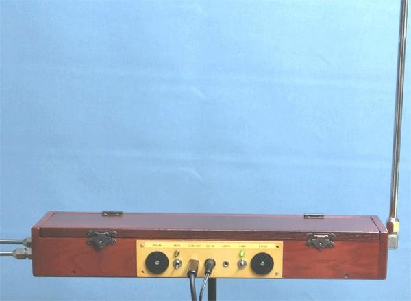 シンプルな回路のテルミン simple FET theremin  _a0154185_18514147.jpg