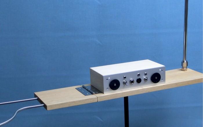 シンプルな回路のテルミン simple FET theremin  _a0154185_19171619.jpg