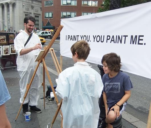 ニューヨークの街角アート実験 I PAINT YOU. YOU PAINT ME._b0007805_23205032.jpg