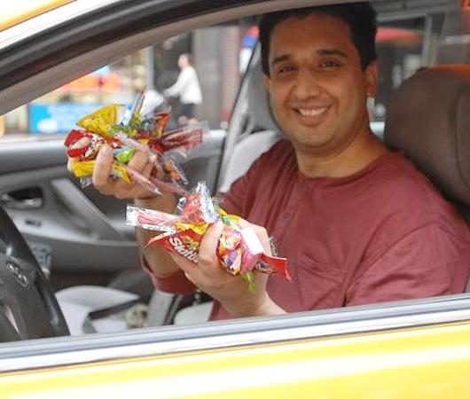 希望を乗せたニューヨークのタクシー CandyCabNYC_b0007805_926870.jpg