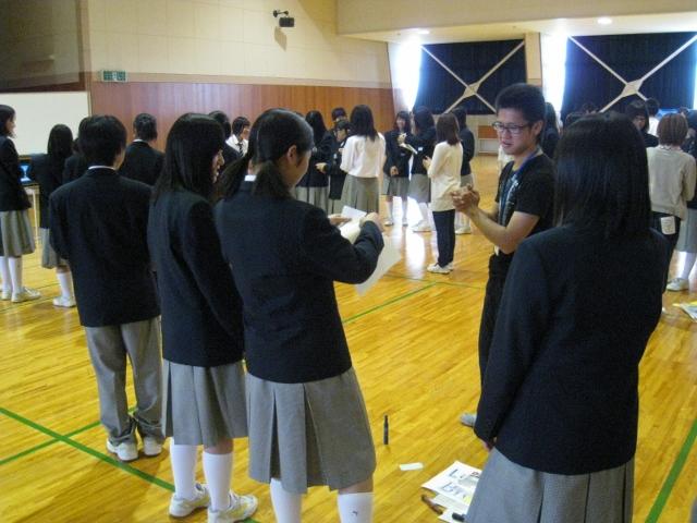 新潟県立国際情報高等学校において英語ワークショップを実施しました。_c0167632_17421235.jpg