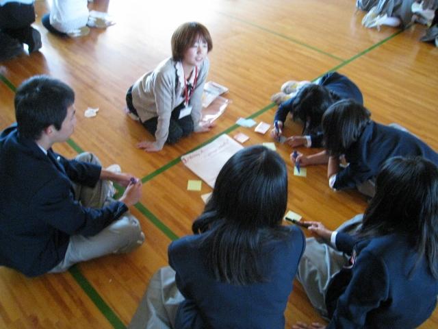 新潟県立国際情報高等学校において英語ワークショップを実施しました。_c0167632_17425776.jpg