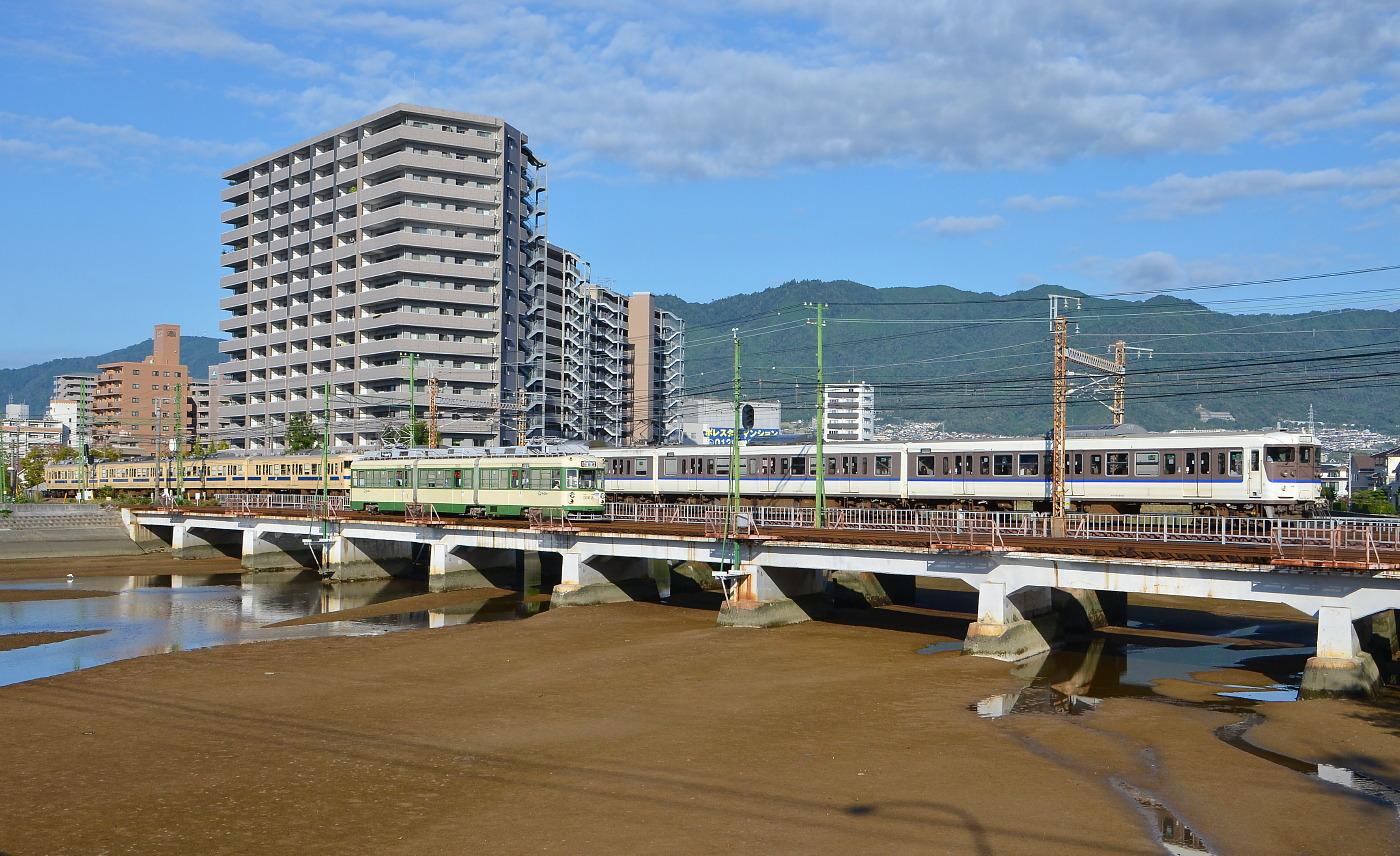 カープトレイン ラストラン  山陽本線八幡川_a0251146_1811642.jpg