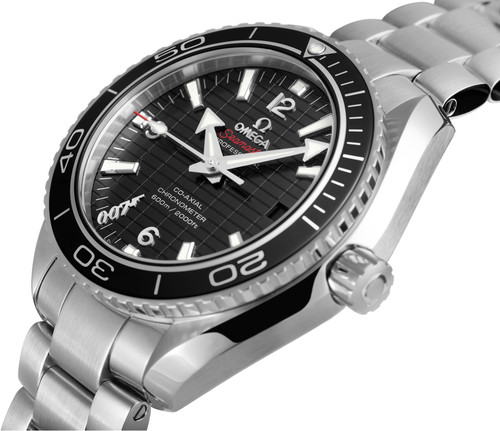pretty nice d446e b96a5 最新作007スカイウォール オメガ限定モデル : ブランド腕時計ガイド