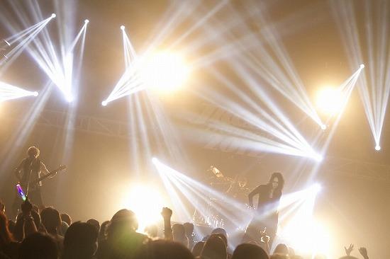 [レポート]MUCC、Alice Nine、ユナイト、ジャカルタ公演で一夜限りのファンタジー_e0197970_23381084.jpg
