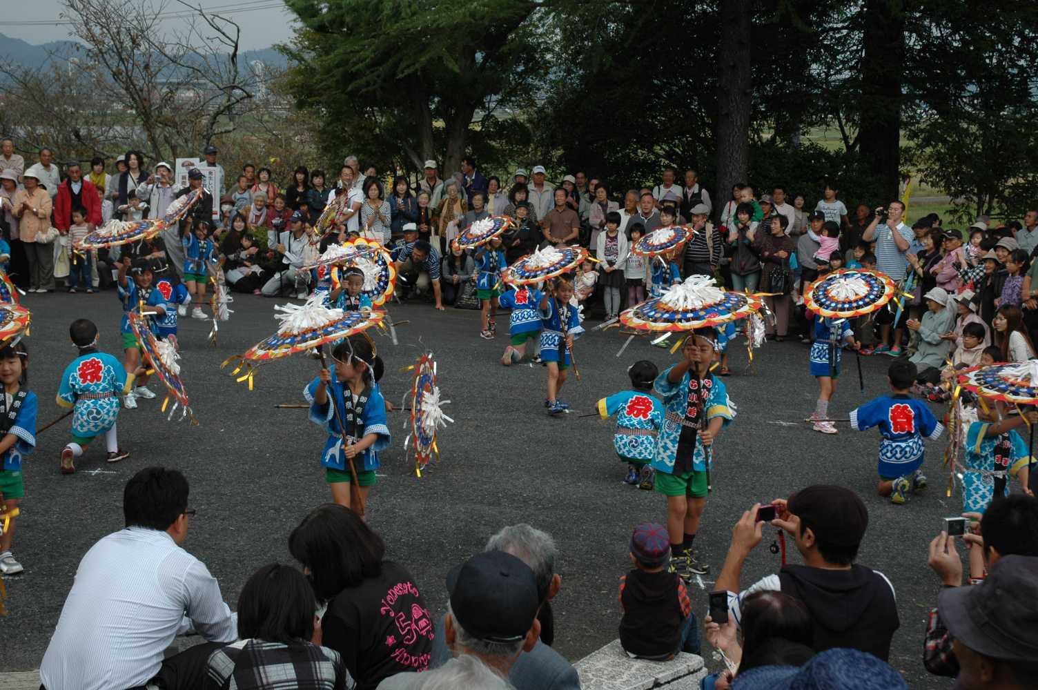 第十三回きのこ祭りが開催されました。_a0284279_12294223.jpg