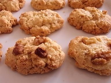 くるみのクッキー_b0102217_18414727.jpg