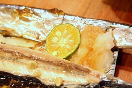 白菜と鶏肉のシンプル塩鍋 & 秋刀魚!!_f0141419_613385.jpg